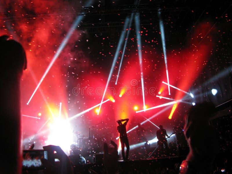 Confetes finais no concerto de Kent em Operatacket, Oslo, 2012 fotografia de stock