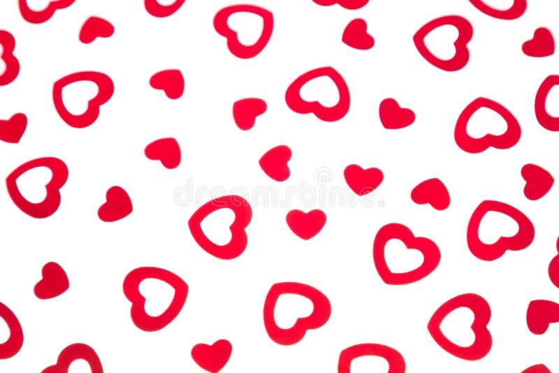 Confetti сердец декоративной картины дня ` s валентинки красный изолированный на белой предпосылке иллюстрация штока