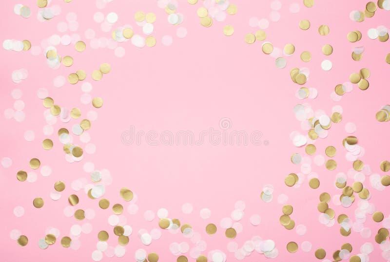 Confetti en papier rose photographie stock