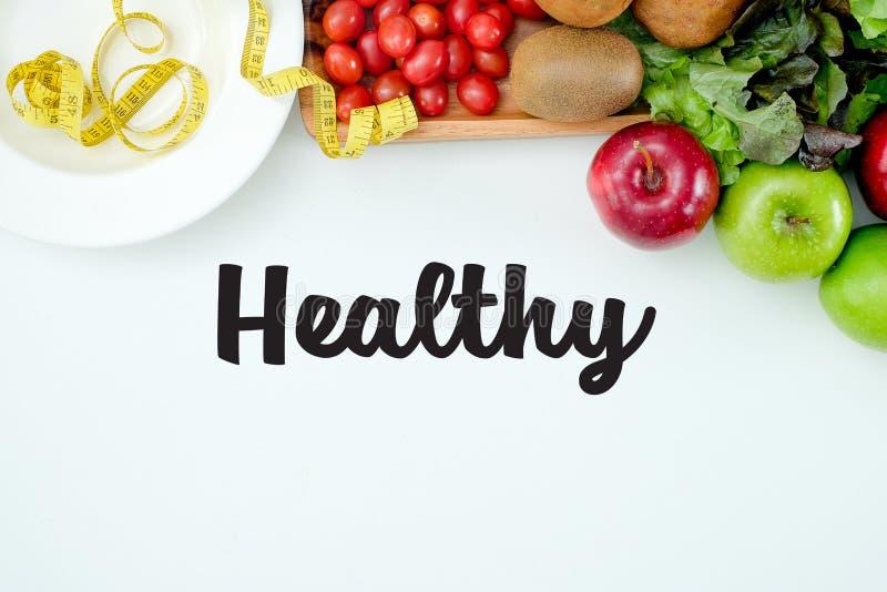 Configuração lisa Conceito do alimento Fruto fresco saudável dos frutos coloridos imagem de stock