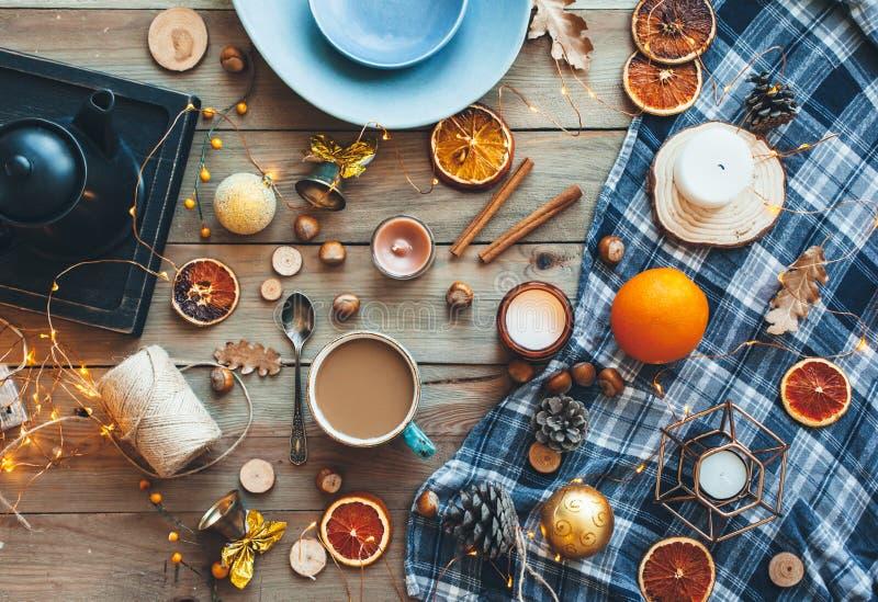 Configuração lisa da decoração home do inverno ou do outono foto de stock