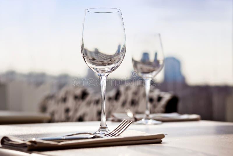 Configuración de lugar fina del vector de cena del restaurante foto de archivo