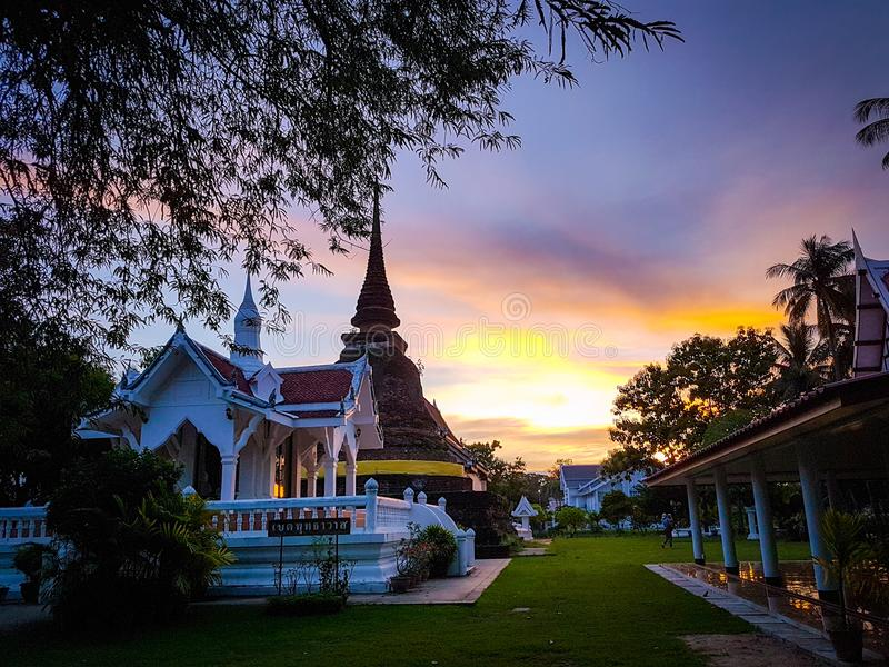 Configuración del templo de Tailandia imagen de archivo libre de regalías