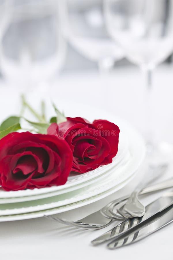 Configuración romántica de la cena foto de archivo
