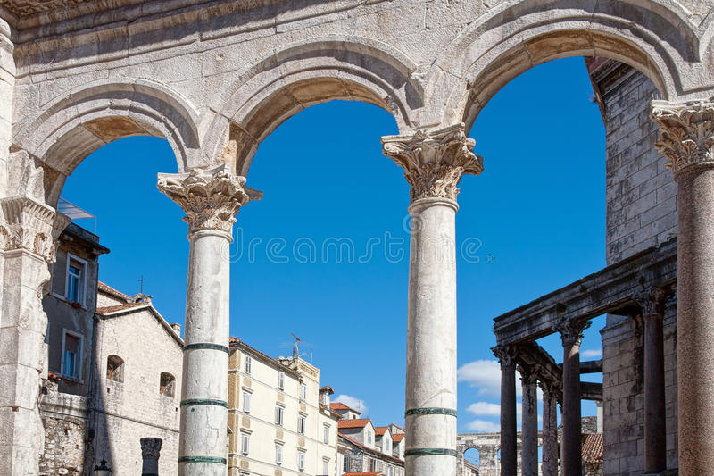 Configuración romana en fractura, fotos de archivo libres de regalías
