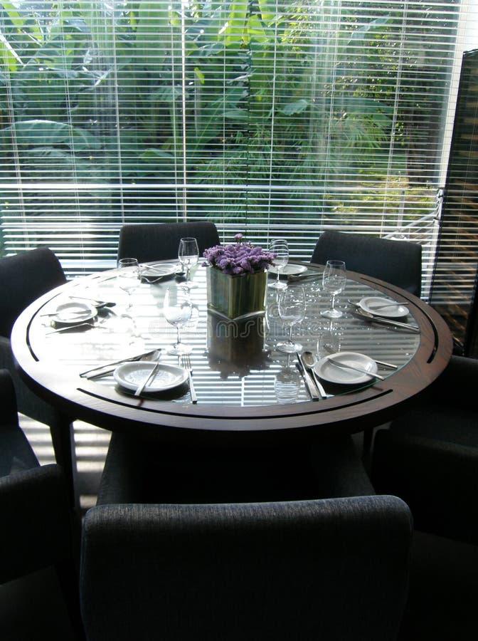 Configuration élégante formelle de table photographie stock libre de droits