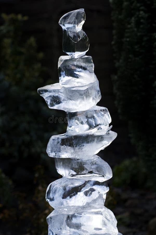 Configurazione della torretta dei cubi di ghiaccio immagine stock