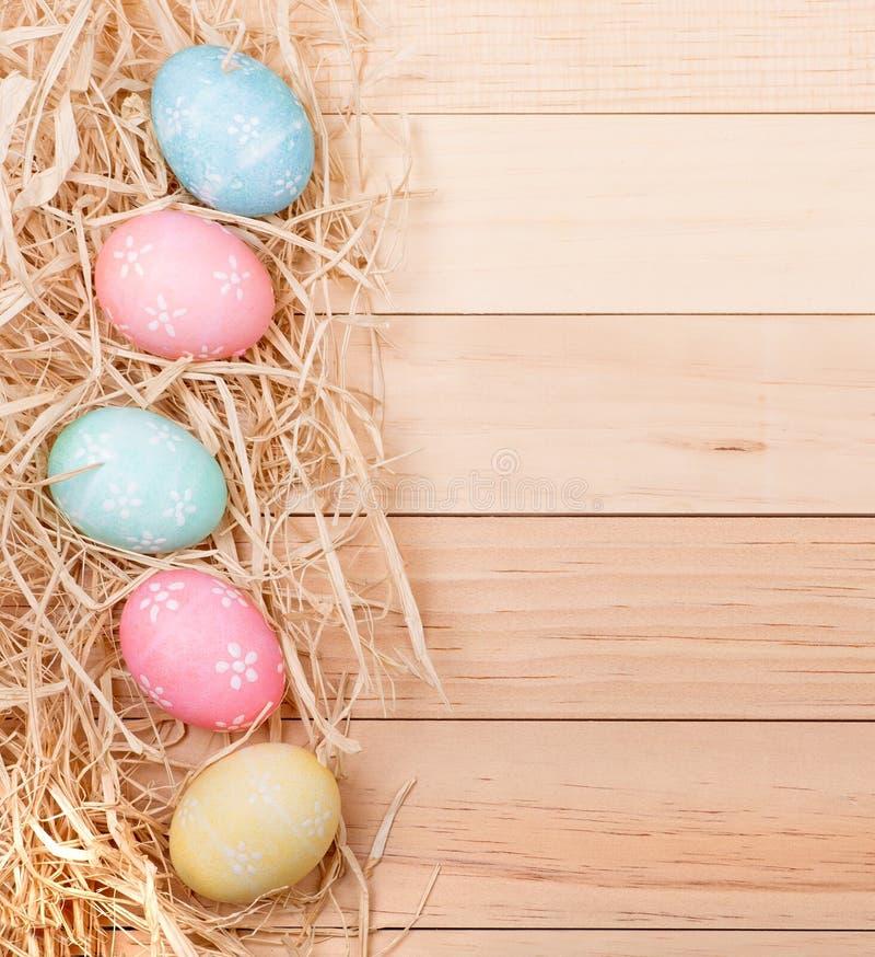 Confine dell'uovo di Pasqua immagini stock libere da diritti