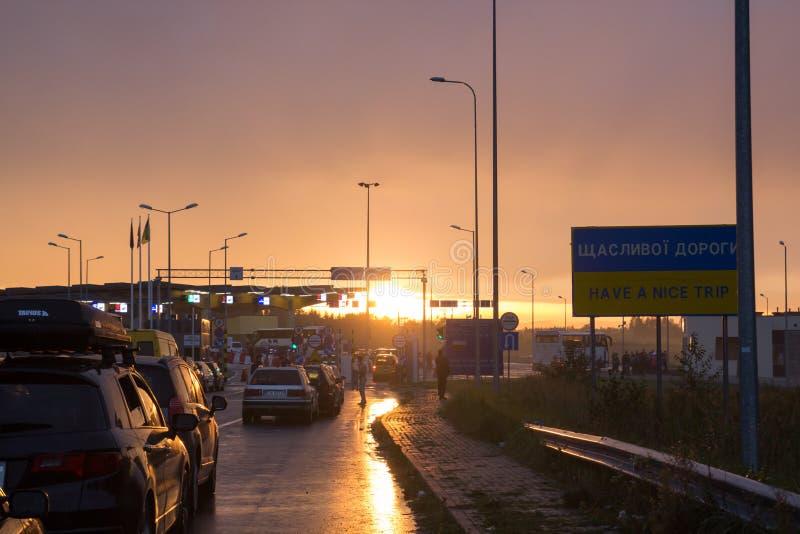 CONFINE della POLONIA - dell'UCRAINA, 25,09,2017, Budomierz - Hruszow, fotografia stock