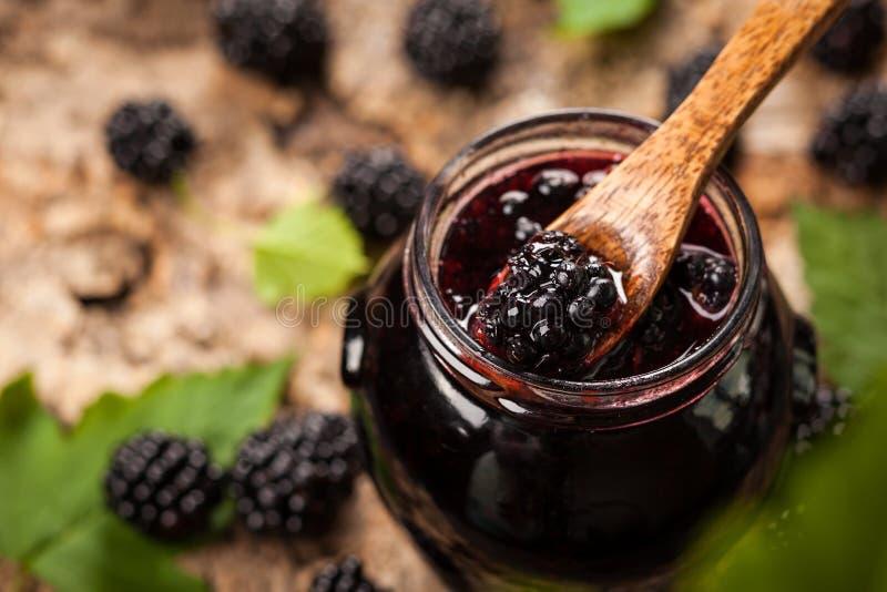 Confiture de Blackberry photographie stock