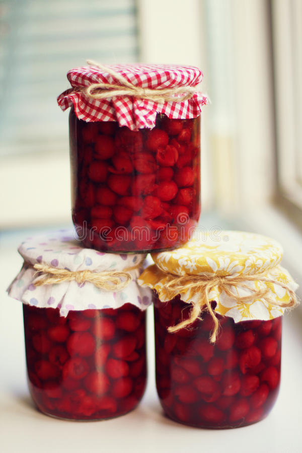 Confiture de cerise photos stock