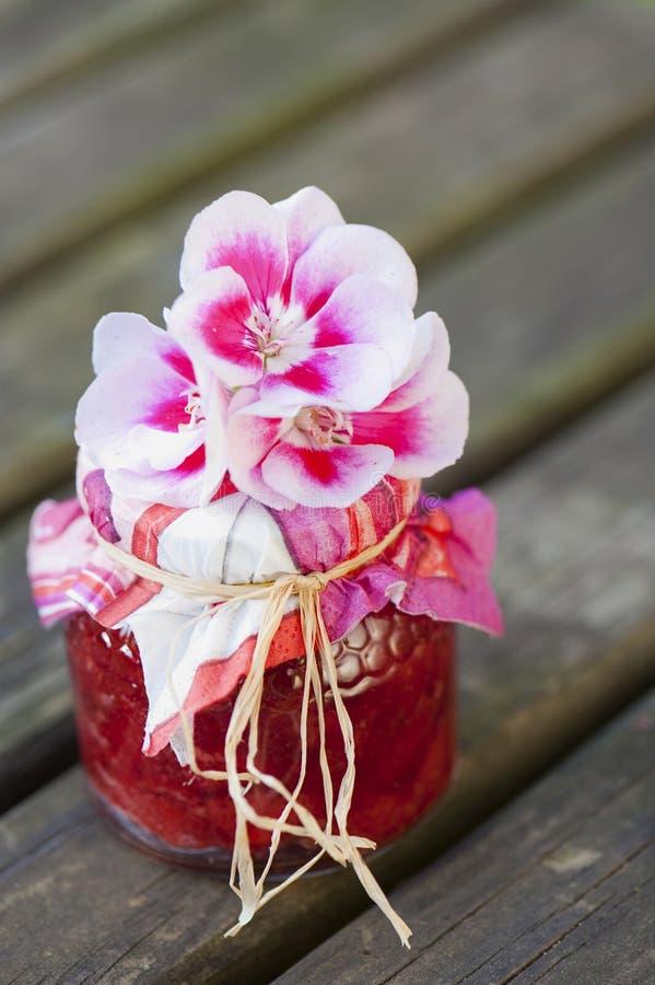 Confiture de fraise photo stock