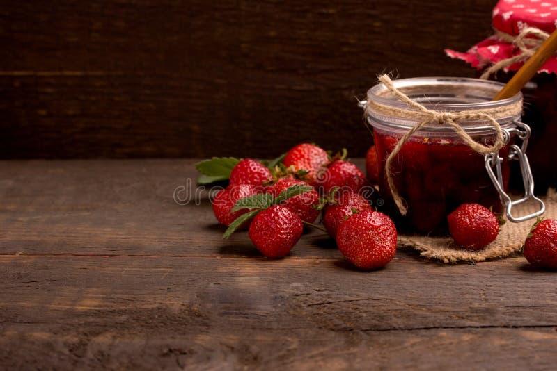 Confiture de fraise photographie stock