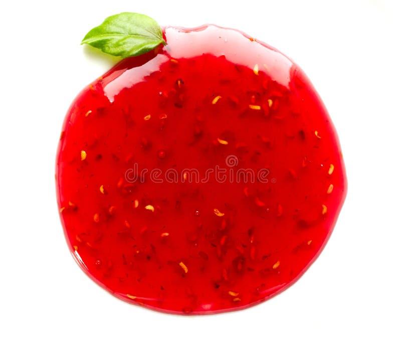 Confiture de fraise sur le blanc image libre de droits