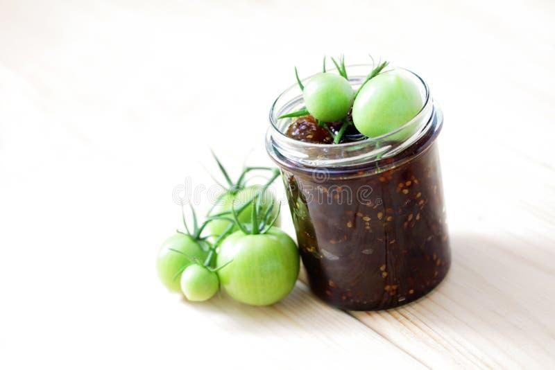 Confiture verte de tomates photographie stock