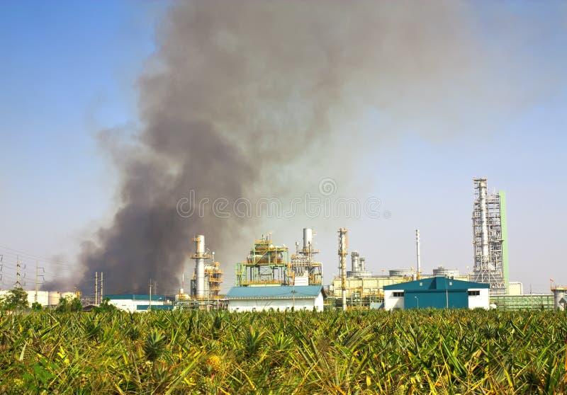 Conflagration d'industrie photo libre de droits