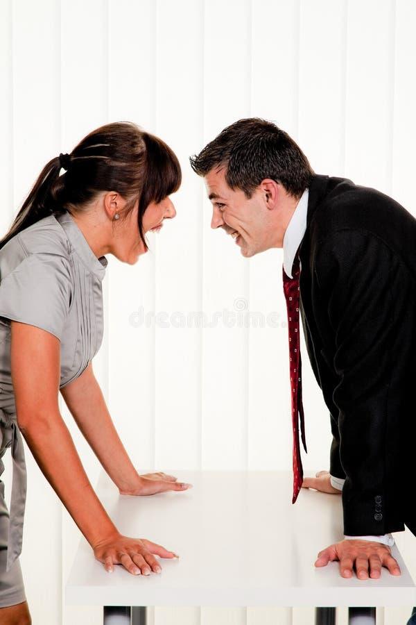 Conflict onder werknemers stock foto's
