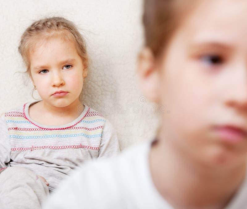 Conflicto entre los niños fotos de archivo