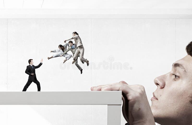 Conflicto y confrontación del negocio Técnicas mixtas imagen de archivo