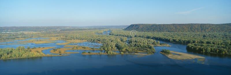 Confluence av Mississippi och Wisconsin floder fotografering för bildbyråer