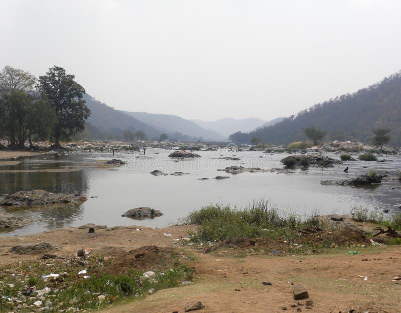 Confluent de rivière d'Arkavathi de 2 rivières et de rivière de Cauvery photographie stock
