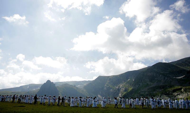 Confr?rie de blanc de montagne de la Bulgarie Rila photos libres de droits