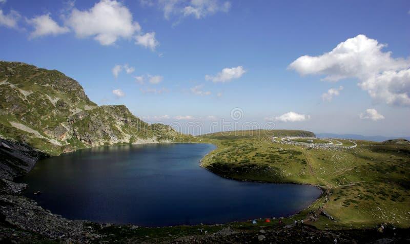 Confr?rie de blanc de montagne de la Bulgarie Rila image libre de droits
