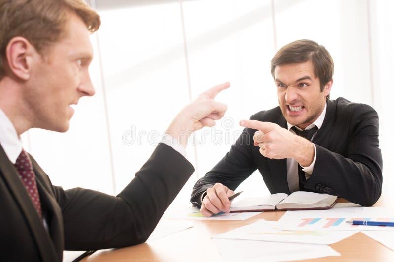 Confrontação do negócio. foto de stock