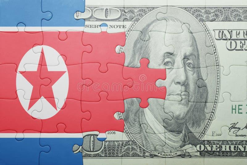Confunda com a bandeira nacional da cédula da Coreia do Norte e do dólar fotos de stock