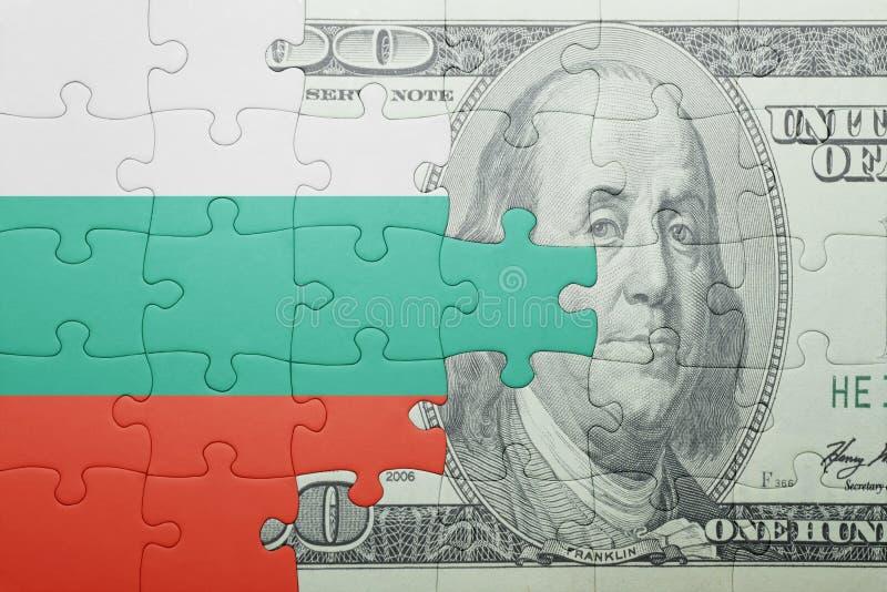 Confunda com a bandeira nacional da cédula de Bulgária e de dólar fotografia de stock