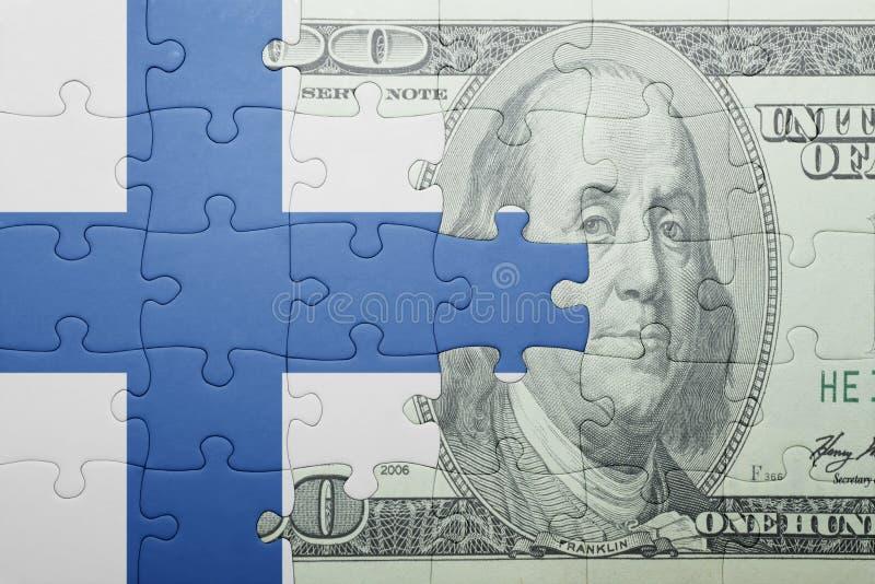 Confunda com a bandeira nacional da cédula de finland e de dólar imagem de stock