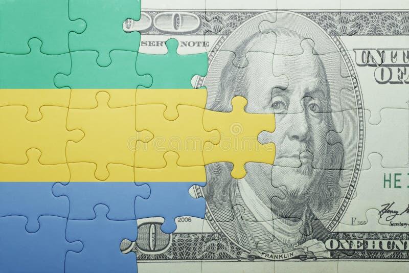 Confunda com a bandeira nacional da cédula de gabon e de dólar foto de stock
