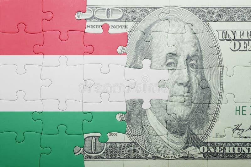 Confunda com a bandeira nacional da cédula de Hungria e de dólar imagem de stock