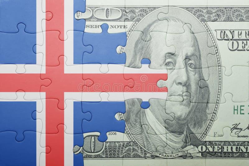 Confunda com a bandeira nacional da cédula de Islândia e de dólar fotos de stock royalty free