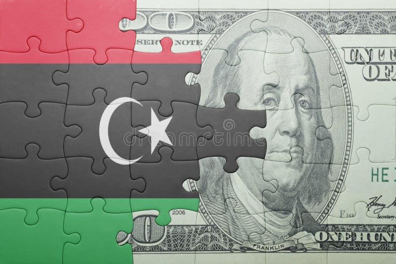 Confunda com a bandeira nacional da cédula de Líbia e de dólar foto de stock royalty free