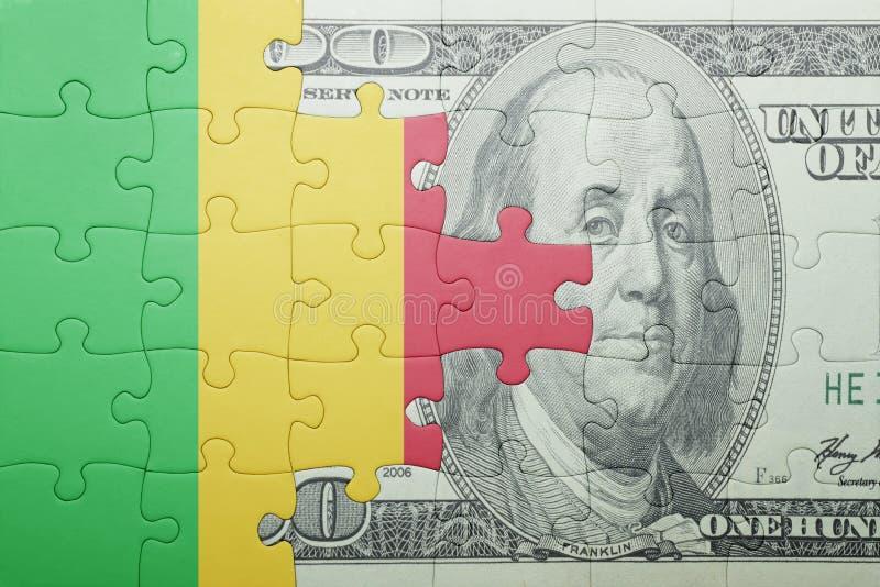 Confunda com a bandeira nacional da cédula de mali e de dólar fotografia de stock