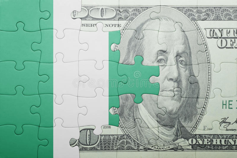 Confunda com a bandeira nacional da cédula de Nigéria e de dólar fotos de stock royalty free