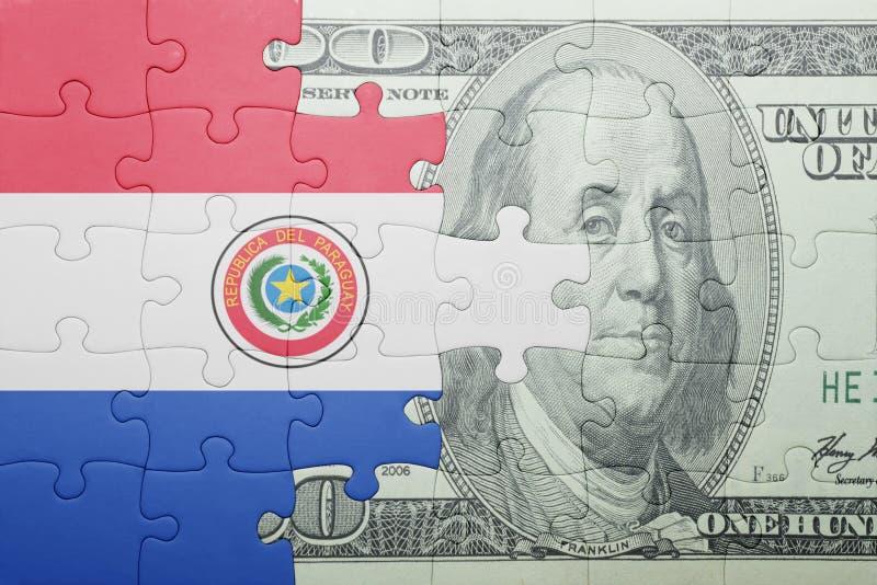 Confunda com a bandeira nacional da cédula de Paraguai e de dólar fotos de stock
