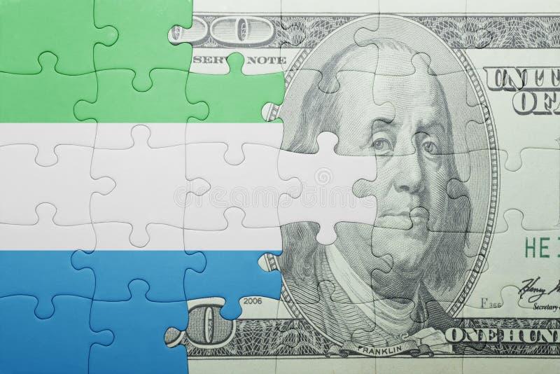 Confunda com a bandeira nacional da cédula de Sierra Leão e de dólar imagem de stock