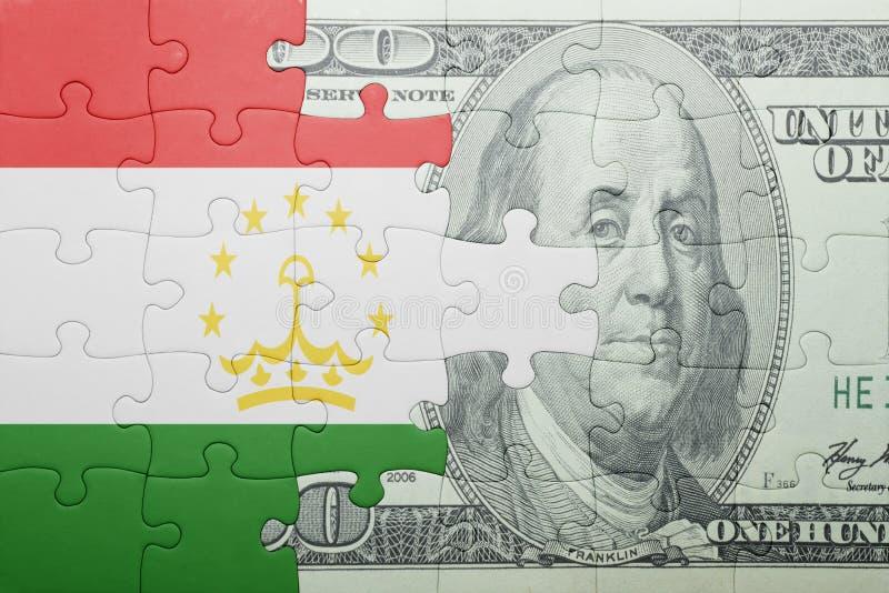 Confunda com a bandeira nacional da cédula de tajikistan e de dólar fotos de stock royalty free