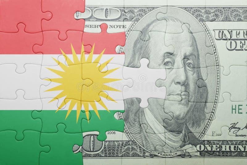 Confunda com a bandeira nacional da cédula do kurdistan e do dólar imagem de stock