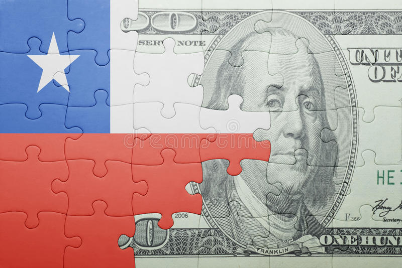 Confunda com a bandeira nacional da cédula do pimentão e do dólar fotografia de stock