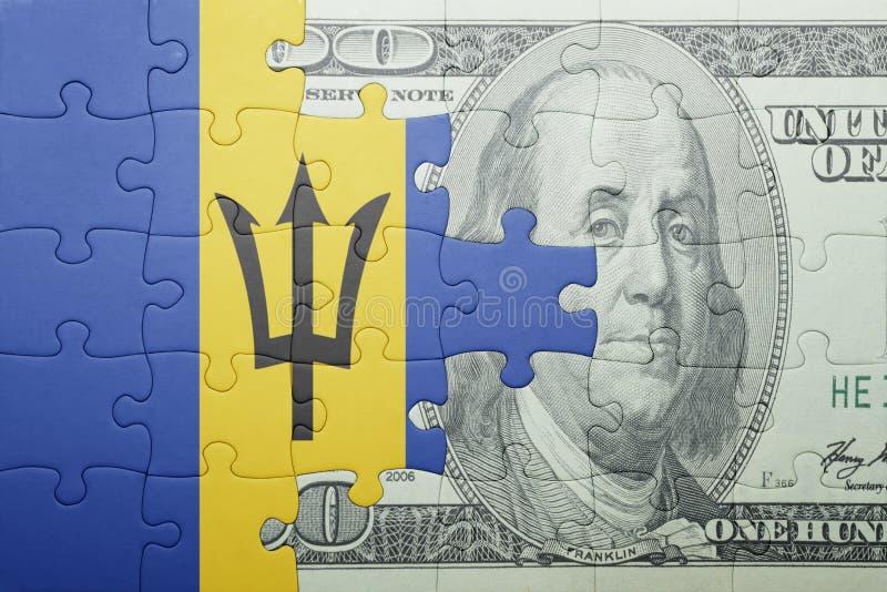 Confunda com a bandeira nacional de barbados e de cédula do dólar imagens de stock