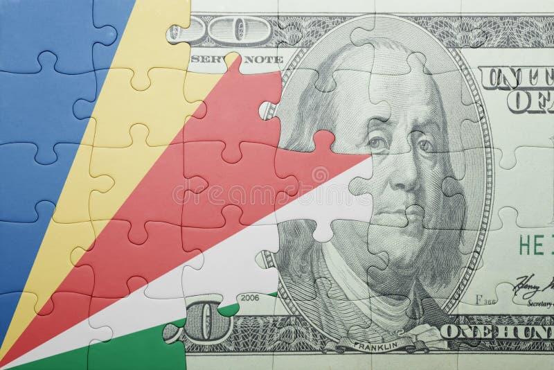 Confunda com a bandeira nacional de seychelles e de cédula do dólar fotografia de stock royalty free