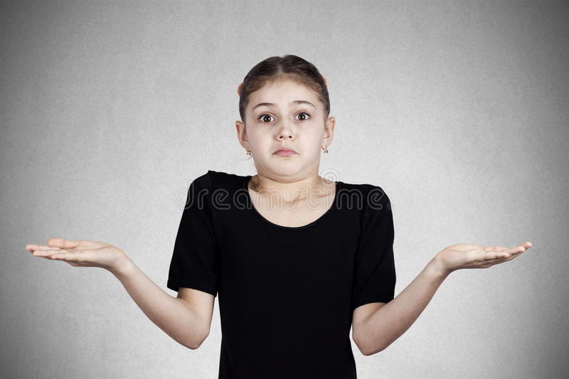 Confused, надоеданная маленькая девочка стоковое изображение