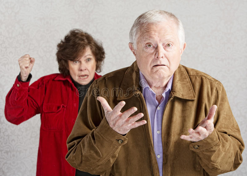 Confused старший мужчина стоковое фото