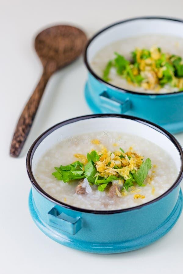 Congee do arroz misturado com a carne fotos de stock royalty free