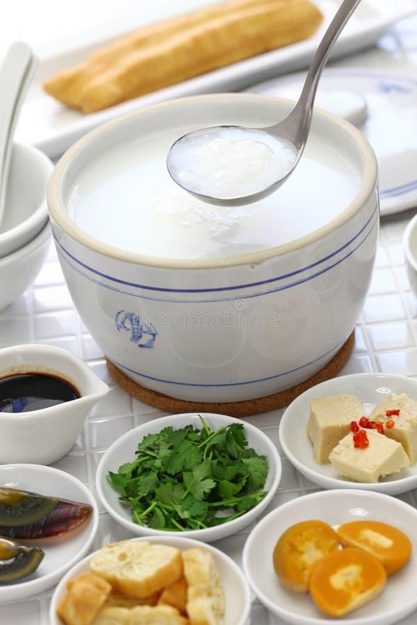 Congee, gruau chinois de riz image libre de droits