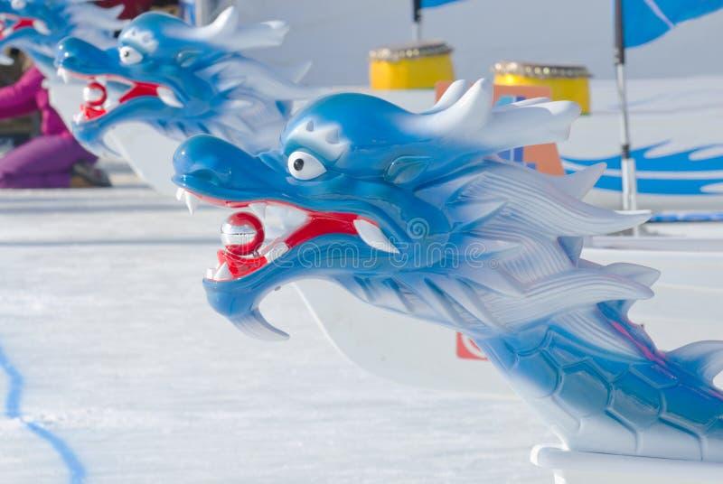 Congele Dragon Boat em Winterlude no lago do ` s do Dow fotografia de stock royalty free