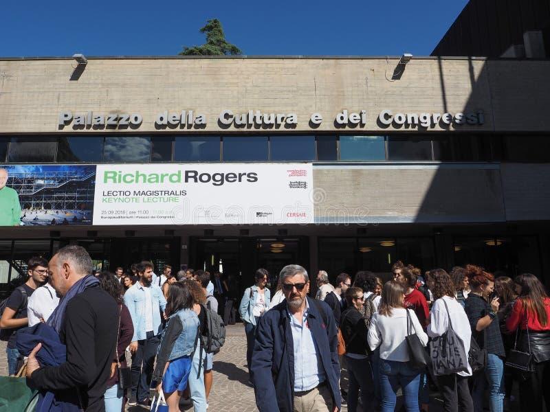 Congressi för dei för Palazzo dellacultura e i bolognaen royaltyfri fotografi